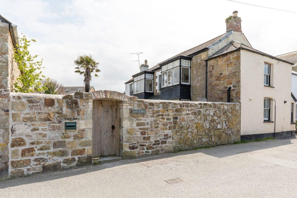 Penwyth House Newquay Bed and Breakfast